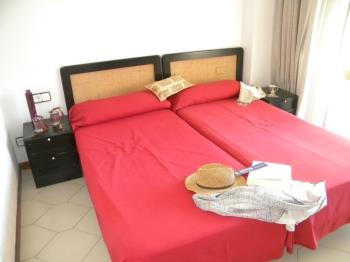 1 DORMITORIO 2 PERSONAS NOVELTY - Апартаменты в Salou
